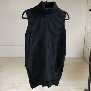 Everlane black wool turtleneck tunic size 8
